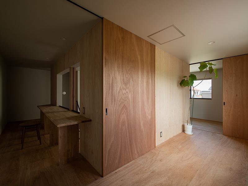方形屋根の家×2の家の2Fフリースペース